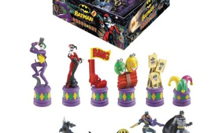 Batman Dark Knight vs Joker Chess Set