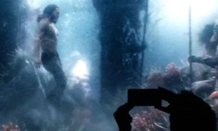 Justice League Video Shows Aquaman Swimming Underwater