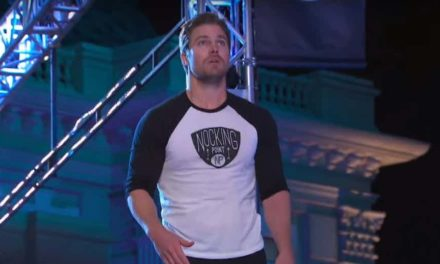 Watch Stephen Amell Run the American Ninja Warrior Course for Charity