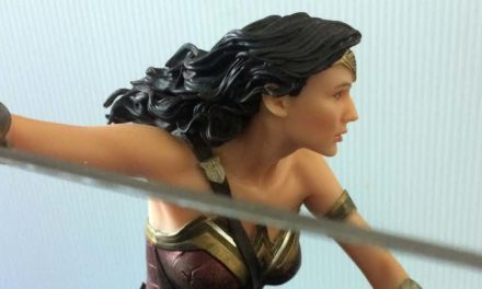 DC's Gal Gadot-Inspired Wonder Woman Statue is Impressive, But Flawed