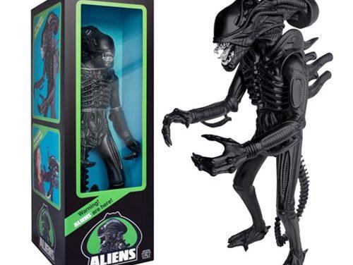 Aliens 18-Inch Alien Warrior Action Figure – Free Shipping