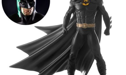 Batman: Arkham Knight Batman 1989 1:10 Scale Statue – Free Shipping