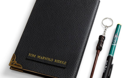 Harry Potter Tom Riddle's Diary – with pen and light