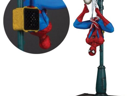 pider-Man Collector's Gallery 1:8 Scale Statue – Free Shipping