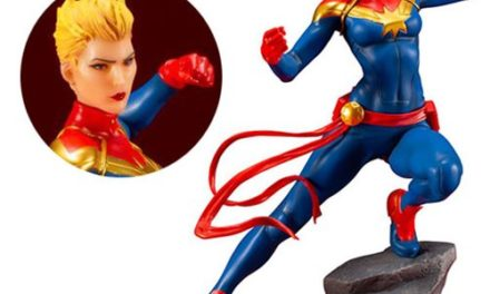 Marvel Universe Captain Marvel 1:10 Scale ARTFX+ Statue – Free Shipping